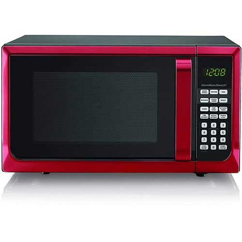Best Commercial Microwaves for Home Use 5. Hamilton Beech .9 cubic foot 900 watt microwave (Red)