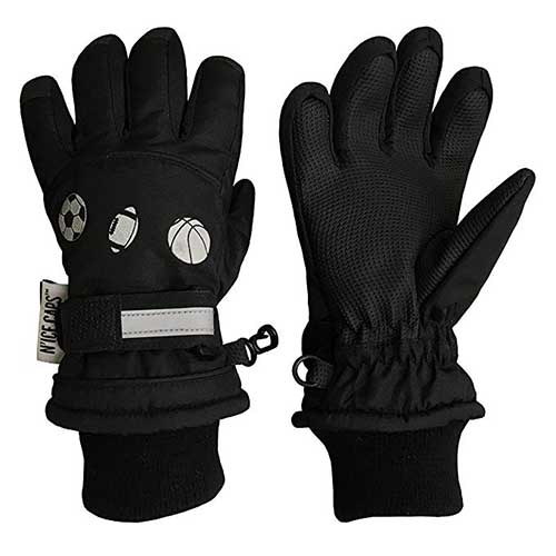 Best Winter Gloves for Toddlers Boy 7. N'Ice Caps Little Boys Reflector Sports Balls Waterproof Thinsulate Snow Gloves