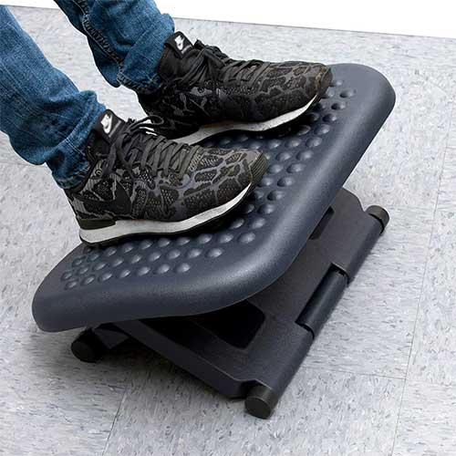 Top 10 Best Under Desk Footrests in 2019 Reviews