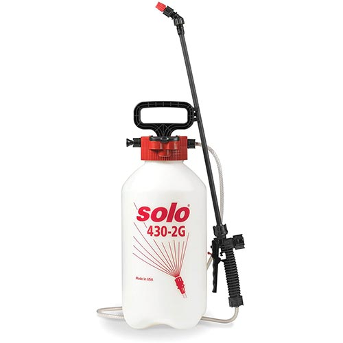 Best Pump Sprayers for Bleach 9. Solo 430-2G 2-Gallon Farm and Garden Sprayer with Nozzle Tips for Multiple Spraying Needs